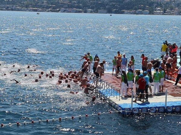 31. Samsung Boğaziçi Kıtalararası Yüzme Yarışı